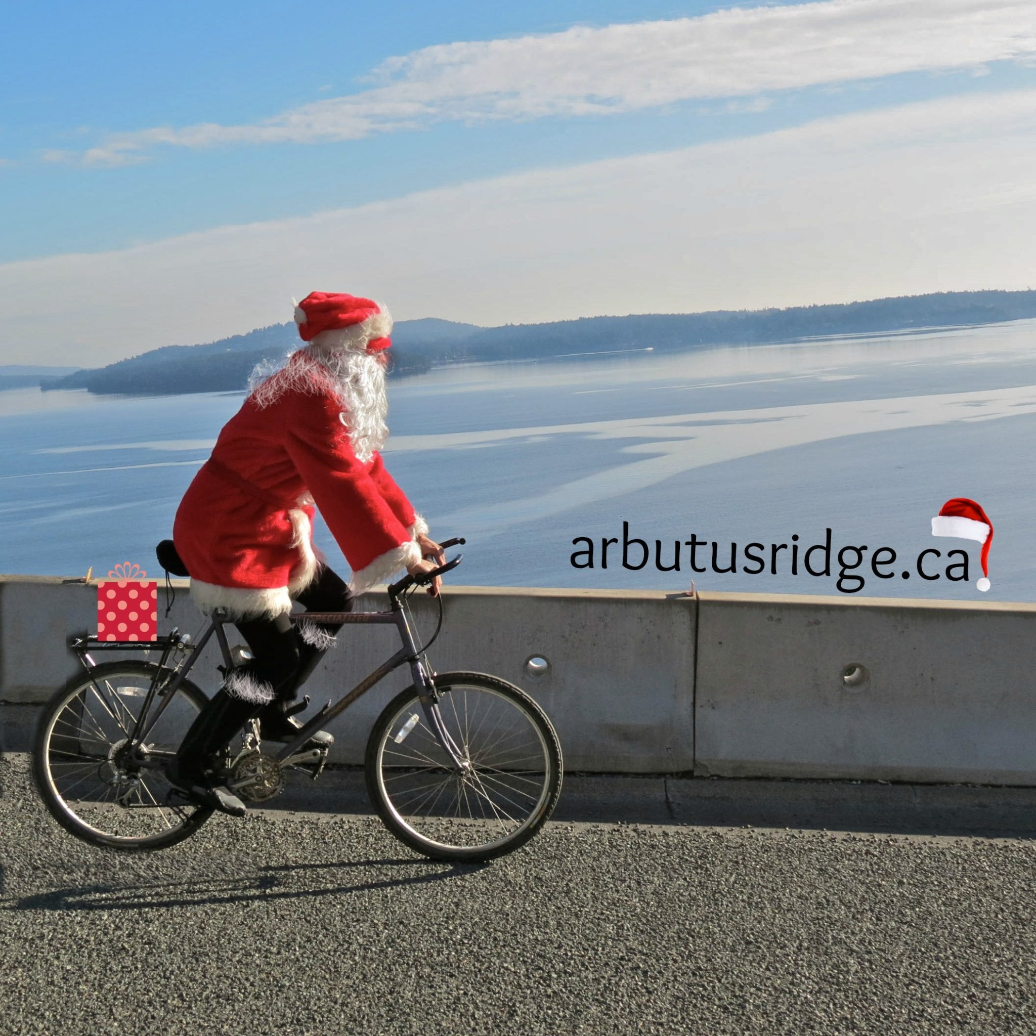 Christmas - Caption - arbutusridge.ca - Santa on Bike (001) (BH)